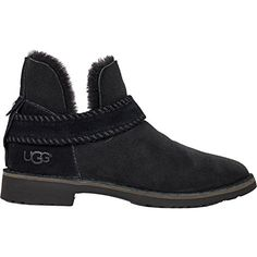 UGG Womens Mckay Winter Boot - These UGGs are so cute! Unfortunately they are too small and not available in sizes larger than Had to return them :( Ugg Australia, Winter Boots, Ankle Booties, Shoes Online, Uggs, Booty, Shoe Bag, Shopping