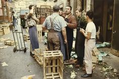 Amazing Color Photographs of Daily Life in Paris in the 1950's