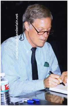 Richard Chamberlain at The Hollywood Show. He will sign photos and dedicate books Saturday, July 13, 10am-5pm, at The Westin Los Angeles Airport,  5400 W Century Blvd, Los Angeles, CA, 90045.  A great opportunity to meet him!