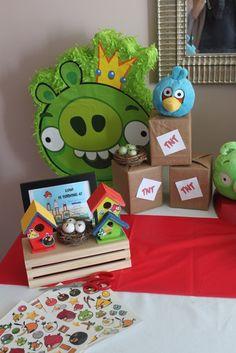 Angry birds party detalhe das caixinhas forradas com papel kraft