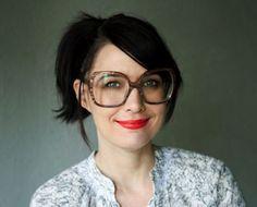 Kathleen Hanna of Bikini Kill, Le Tigre, and The Julie Ruin on feminism   Short article, Bust.com
