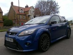 Ford Focus RS Performance Blue