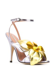 Shop metallic Marco De Vincenzo Flower embellished sandals with Express Delivery - Farfetch Bow Heels, Stiletto Heels, Shoe Cobbler, Extreme High Heels, Foot Love, Embellished Sandals, Leather Flowers, Fashion Sandals, Dream Shoes