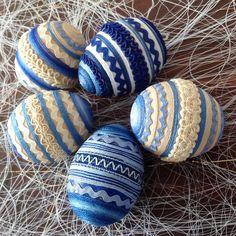 Sada kraslic - v béžové a modré / Avadesign - SAShE.sk Eastern Eggs, Origami, Crafting, Origami Paper, Origami Art