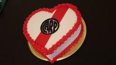 Torta Futbol River Plate Corazon Decoradas Tomamos Pedido - $ 279,99 en Mercado Libre Pan Dulce, Emoticon, Selena, Phones, Barbie, Cakes, Ideas, Cake, World