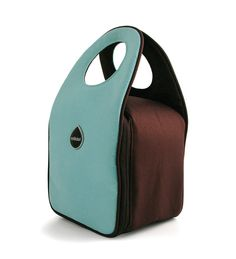 Milk dot lunch bag--love! They have multiple color combinations