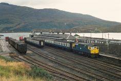5331 at Kyle of Lochalsh. Electric Locomotive, Diesel Locomotive, Kyle Of Lochalsh, British Rail, Train Engines, Model Train Layouts, Train Station, Model Trains, Britain