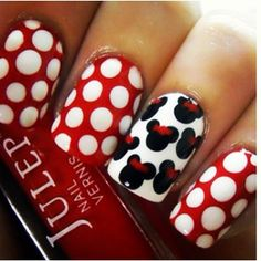.@cutenailartdesign (Cute Nail Art ) 's- mickey mouse nails