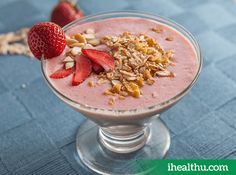 #HealthyRecipe Berry Smoothie Bowl: A rich source of fibre, vitamin A and Vitamin E, great for the skin and hair.
