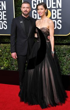 Justin Timberlake and Jessica Biel at the 2018 Golden Globes Celebrity Red Carpet, Celebrity Look, Celebrity Dresses, Celebrity Gossip, Celeb Style, Celebrity Couples, Golden Globe Award, Golden Globes, Jessica Biel And Justin