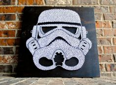 Storm Trooper Helmet String Art by CClarkeDesigns on Etsy Star Wars Crafts, Star Wars Decor, Star Wars Art, String Art Diy, String Crafts, Movie Decor, Pin Art, Star Wars Characters, Art Plastique