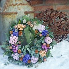 Wreath#hyacint#winterwreath#krans#christmaswreath#florist#blommor#flower#