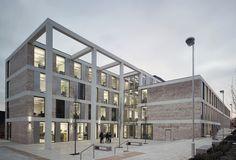 Hochschulgebäude in Lancaster / Luftige Strenge - Architektur und Architekten - News / Meldungen / Nachrichten - BauNetz.de