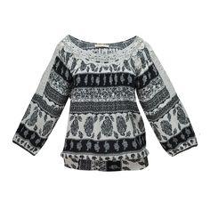Logra un look hippie chic con la tendencia de estampado trival en tus blusas favoritas Zoara y vístete con estilo. #lace #freshlook #Trendylace