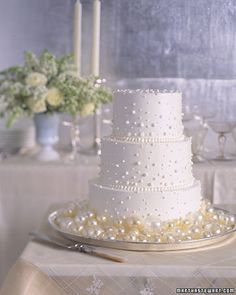 pearl wedding cake with edible pearls