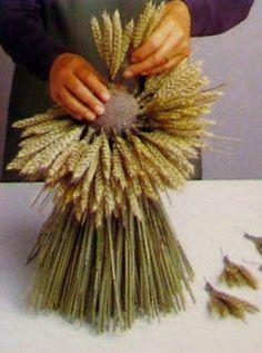 arreglos con flores secas centro de mesa con espigas de trigo