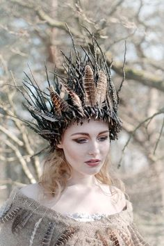 Grimm and fairy fantasy costume crown inspiration and photo art Change of a season by Yvette Leur on Costume Fleur, Style Steampunk, Fairy Crown, Forest Creatures, Cooler Look, Fantasy Costumes, Fairy Costumes, Faerie Costume, Costume Makeup