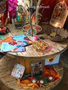 Curiosity Box, Curiosity Approach, Diwali Activities, Activities For Kids, Crafts For Kids, Diwali Eyfs, Diwali Craft For Children, Eyfs Classroom, Classroom Ideas