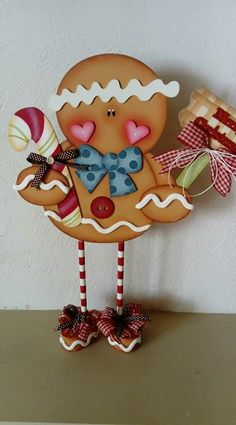Gingerbread Crafts, Gingerbread Decorations, Christmas Gingerbread House, Christmas Wood, Primitive Christmas, Christmas Wrapping, Country Christmas, Homemade Christmas, Christmas Projects
