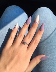 Have you found your nails lack of some fashionable nail art? Sure, recently, many girls personalize their nails with beautiful … Manicures, Gel Nails, Glitter Nails, Coffin Nails, Matte Purple Nails, Pastel Nails, Bling Nails, November Nails, 14 November