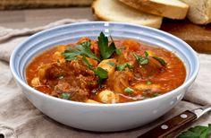 Lammegryte med tomat - Med hjerte for mat Curry, Ethnic Recipes, Food, Meal, Essen, Hoods, Curries, Meals, Eten