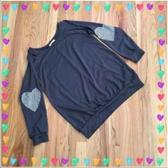 Roxy Heart dolman Super cute and slouchy top from three bird nest! 82% polyester, 15% rayon. Really cute patchwork hearts on elbow! Size small Three Bird Nest Tops Tees - Long Sleeve