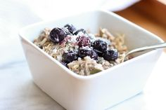 When you think of bircher muesli, you most probably imagine the creamy sweet cold porridge you have at hotel breakfast buffets.