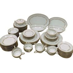 60's Noritake Japanese Fine China Service for 12 Laurel Pattern  90 Pieces