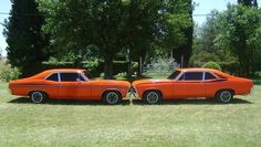 Chevy 75 / Franja Remo (izq) Chevy 73 / Franja Escorpion (der)