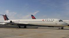 Un pasajero ruso denuncia que fue expulsado de un vuelo de Delta ... - RT en Español - Noticias internacionales