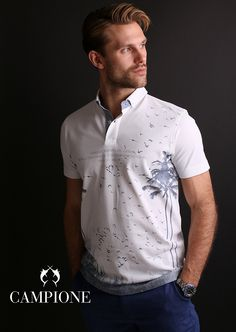 Mit diesem maritimen Poloshirt ist Ihnen ein sicherer Auftritt gesichert.