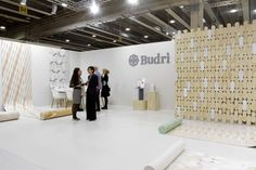 Lo stand di Budri: Best Communicator Award 2015, il premio dedicato al miglior spazio espositivo e all'exhibit design // Best Communicator Award 2015. The award for the best exhibit space. #Marmomacc #Marble #Stone #Design #Verona #architecture #award http://architetturaedesign.marmomacc.com/premi-e-concorsi/best-communicator-award/premio-spazio-espositivo/