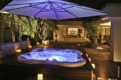 Having a pool sounds awesome especially if you are working with the best backyard pool landscaping ideas there is. How you design a proper backyard with a pool matters. Hot Tub Deck, Hot Tub Backyard, Hot Tub Garden, Backyard Patio, Pool Spa, Spa Tub, Jacuzzi Outdoor, Outdoor Spa, Outdoor Living