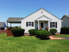 """CLEAN AND HOMEY 2BR, 2BTH WITH COVERED SIDE DECK AND FULLY FENCED YARD IN HOPEMAN STATION NEIGHBORHOOD OF WAYNESBORO, VA. PERFECT FOR THOSE SEEKING THE """"LOW MAINTENANCE LIFESTYLE""""...NEIGHBORHOOD CENRALLY LOCATED TO GROCERY SHOPPING, RT 250 AND I64. LOOKING TO SCALE DOWN OR START UP, THIS IS THE HOME FOR YOU!"""