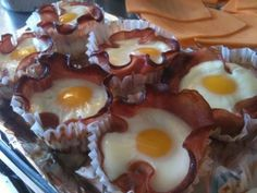 Muffins de panceta e ovo.