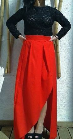 LONG SKIRT WITH  OPENING ON THE SIDE