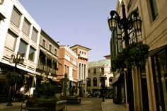 Los Angeles - Rodeo Drive.