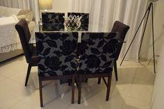 Mesa de jantar quadrada com 6 cadeiras