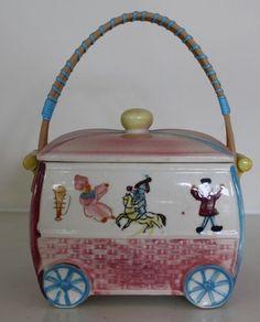 VINTAGE CERAMIC PINK BLUE JAPAN HANDLE COOKIE WAGON COOKIE JAR NURSERY 1950'S