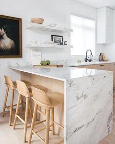 Modern Kitchen Design Trending: Blonde Wood and Mixed Woods Kitchen Room Design, Modern Kitchen Design, Home Decor Kitchen, Rustic Kitchen, Interior Design Kitchen, New Kitchen, Home Kitchens, Kitchen Ideas, Kitchen Inspiration