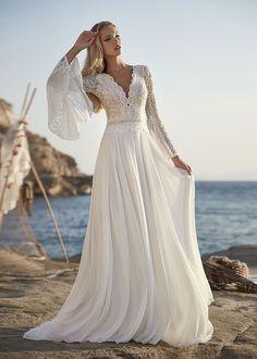 Boho Hippie Brautkleid Trompetenärmel lange Ärmel Spitze Rembo Styling, Lace Wedding Dress, Wedding Gowns, Hippie Chic, Fascinator, Easy Shape, Boho Inspiration, French Lace, Dream Dress