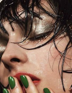 Slick Summer Beauty Inspiration From Vogue Japan via Who What Wear Vogue Makeup, Glam Makeup, Makeup Inspo, Makeup Art, Makeup Inspiration, Eye Makeup, Hair Makeup, Metallic Makeup, Metallic Eyeshadow