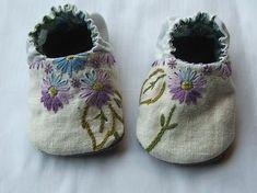 Google Afbeeldingen resultaat voor http://tinyhappy.typepad.com/tiny_happy/images/2008/04/30/purple_shoes.jpg