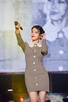 HNE ASIA Iu Fashion, Stage Outfits, Korean Celebrities, Mamamoo, Girls Generation, Korean Singer, Kpop Girls, Actors & Actresses, High Neck Dress