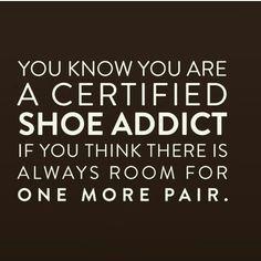 Good Morning fellow shoe addicts!   #JaeLuxeShoetique #shoetique #heelsaddict #shoeaddict #fashionbombdaily