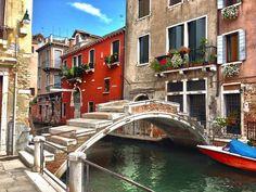 Venice, Italy (ph. Marin Tasfarello Marino via Venezia Per Sempre)