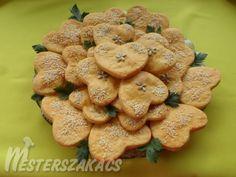Sajtos-magvas szívecskék Cookies, Desserts, Food, Crack Crackers, Tailgate Desserts, Deserts, Biscuits, Essen, Postres