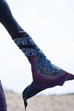 Black Bell Sleeved Mandala Print Hoodie