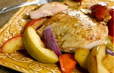 Ziploc® brand Zip 'n Steam® Spiced Chicken Breasts with Apples (substitute chicken with tofu)