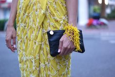 Yellow skirt and the old city - Caroline Berg Eriksen Old City, Sequin Skirt, Asos, Old Things, Zara, Sequins, Yellow, Detail, Skirts